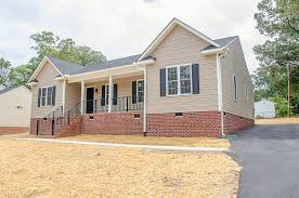 one story homes one story home with two large bedrooms and a front porch balducci