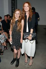 julianne moore takes her look a like daughter to new york fashion