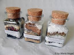 selbstgemachte weihnachtsgeschenke aus der küche kleine geschenke aus der küche weihnachten zu hause idee