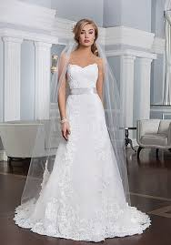 wedding gown styles for petite brides wedding dress shops