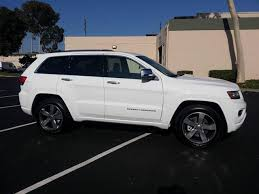 white jeep grand 2014 2014 jeep grand 4wd 4dr overland at universal auto