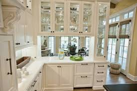 love the pass through cabinet style from kitchen to dining room