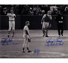 Johnny Bench Autograph Carlton Fisk And Johnny Bench