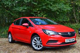 opel astra 2017 used vauxhall astra 1 4t 16v 150 tech line auto 5 doors hatchback
