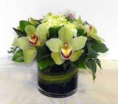 modern flower arrangements
