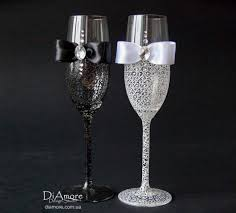 black and white personalized wedding set chagne flutes mr
