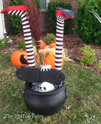 halloween outdoor decorations it u0027s a witch crashing the tiptoe