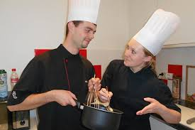 atelier cuisine rouen cours de cuisine pour 1 ou 2 chez toque et tic à rouen 76 wonderbox