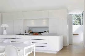 cuisine design blanche cuisine équipée blanc laquée photos de design d intérieur et