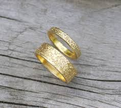 Make Wedding Ring by 13 Etsy Boutiques To Shop Gorgeous Engagement Rings Brit Co