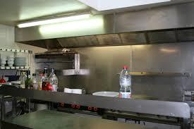 nettoyage hotte cuisine restaurant nettoyage de hottes air qualite ventil