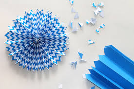paper fan circle decorations diy decorations paper fans with free templates toriorioria