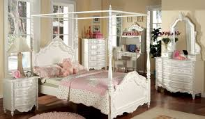 Distressed Bedroom Furniture White by Furniture Distressed Bedroom Furniture Stunning Distressed Wood