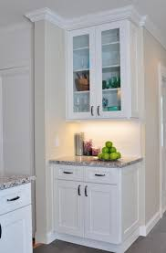 white shaker kitchen cabinets hardware home design ideas