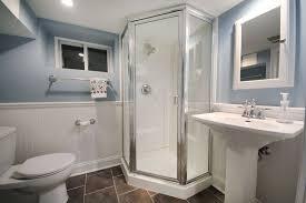 Pedestal Bathroom Sink by Traditional 3 4 Bathroom With Pedestal Sink U0026 Wainscoting In Short