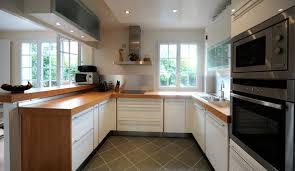 cuisine plan travail bois plan de travail cuisine blanc brillant conception laque bois