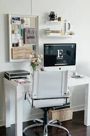 le petit bureau le petit bureau féminin de danielle moss