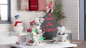 Christmas Party Treats - 5 perfect christmas party treats made with chocolate video