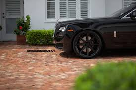 custom rolls royce ghost granite black wheels fit rolls royce ghost nicely