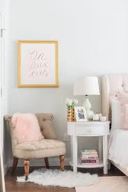 Paris Themed Living Room by Best 25 Parisian Bedroom Ideas On Pinterest Parisian Style