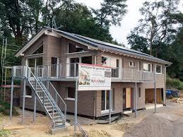 Haus Mit Grundst K über 500 Interessenten Bei Kfw 40 Holzhäusern Von Kaufmann