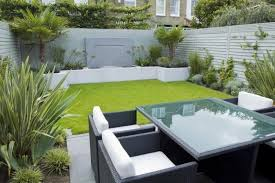 Fun Backyard Landscaping Ideas Narrow Backyard Design Ideas Minimalist Modern Small Backyard