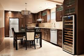 armoire de cuisine thermoplastique ou polyester les portes de polyester un produit nouveau et intéressant