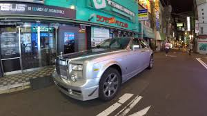 rolls royce phantom engine blasphemy rolls royce phantom gets 900 hp toyota 2jz inline six
