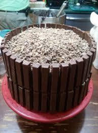 birthday cake u003d kit kat cake ask the ebay queen