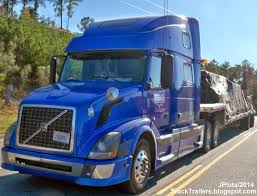 volvo semi truck service truck trailer transport express freight logistic diesel mack