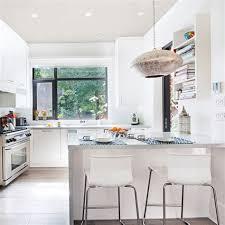 cuisine blanche mur gris cuisine blanche mur gris 3 cuisine industrielle