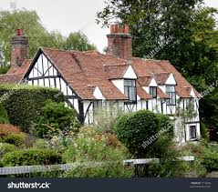 english cottage house quaint old english cottage garden stock photo 1712658 shutterstock