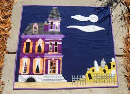 Halloween Haunted House Craft by Haunted House Paper Pieced Mini Quilt Let U0027s Create A Paper