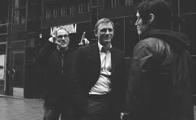 david fincher with daniel craig and rooney mara the with the