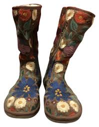 s ugg australia brown emalie boots ugg australia brown with embroidery floral chestnut boots booties