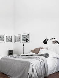 decor chambre chambre tout en blanc 19 idées de décor blanc cette pièce