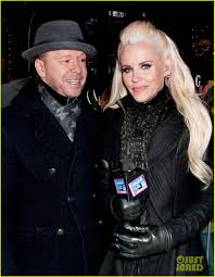 jenny mccarthy halloween party jenny mccarthy u0026 husband donnie wahlberg share pre midnight kiss