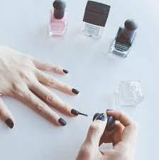 diy non toxic gel manicure the everyday woman