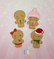 gingerbread family finger puppet and accessories embroidery