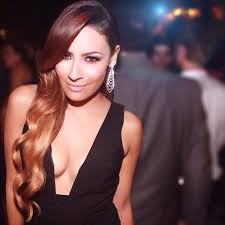 bellami hair discount d e s i p e r k i n s desiperkins instagram photos and videos