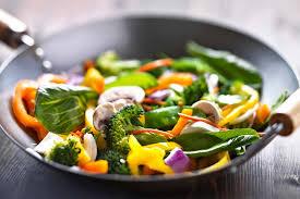 comment cuisiner les legumes comment bien préparer ses fruits et légumes fitnext