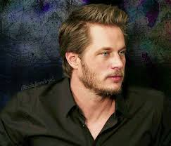 what is going on with travis fimmels hair in vikings 212 best travis fimmel images on pinterest hot boys cake smash