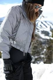 what to wear on your next ski trip memorandum nyc fashion