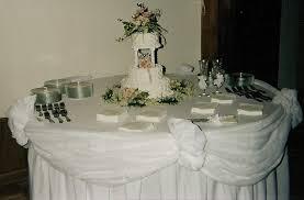 decorating a wedding cake table idea in 2017 bella wedding
