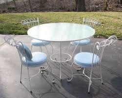 Wrought Iron Patio Tables Dorothy Draper Style 1940s Wrought Iron Patio Set For Sale At 1stdibs