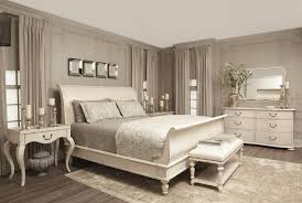 White Washed Bedroom Furniture by 23 Decorating Tricks For Your Bedroom Painted Sleigh Beds Chalk