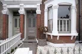 house for sale in abbeville road sw4 featuring a garden and a