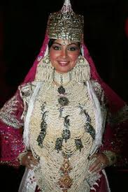 robe algã rienne mariage the traditional costume of tlemcen is an algerian dress composed