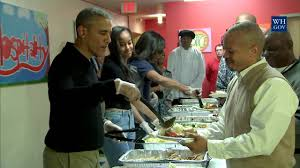 obamas serve homeless thanksgiving dinner 2015
