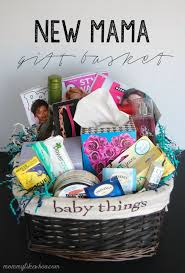 Decorating For A Baby Shower On A Budget Diy New Baby Gift Basket Idea And Free Printable Basket Ideas